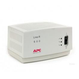 Regulador de voltaje APC LE-600I, 600VA, 220V, 4 tomacorrientes C13